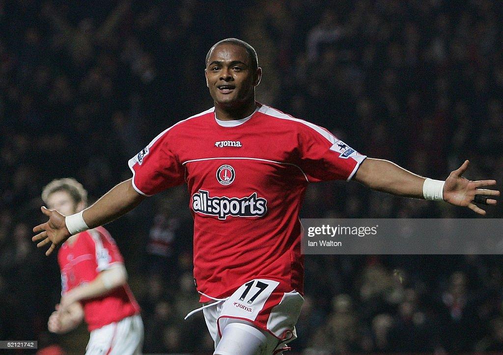 Charlton Athletic v Liverpool : News Photo