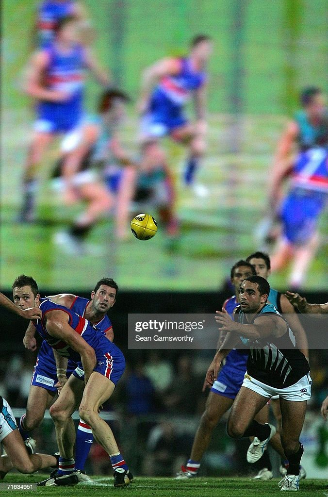 Shaun Burgoyne for Port competes for the ball in the pack during the round 19 AFL match between the Western Bulldogs and the Port Adelaide Power at Marrara Oval on August 12, 2006 in Darwin, Australia.