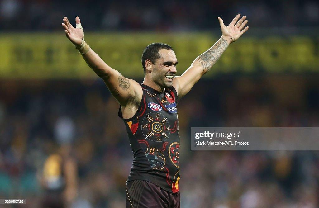 AFL Rd 10 - Sydney v Hawthorn : News Photo