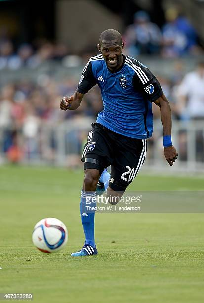 Shaun Francis of San Jose Earthquakes dribbles the ball up field against the Chicago Fire during the second half at Avaya Stadium on March 22 2015 in...