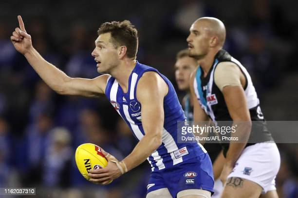Shaun Higgins of the Kangaroos in action during the 2019 AFL round 22 match between the North Melbourne Kangaroos and the Port Adelaide Power at...