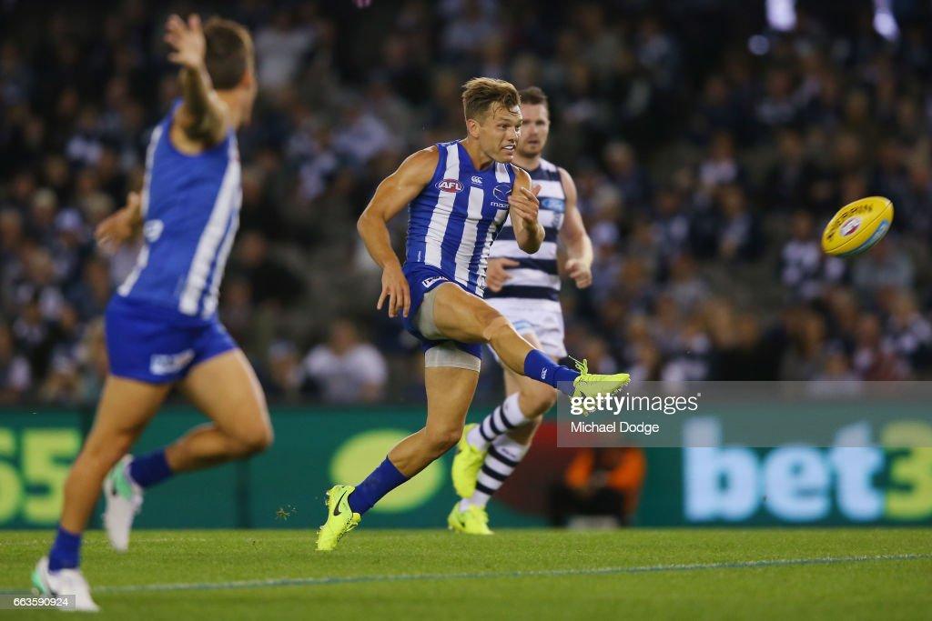 AFL Rd 2 - Geelong v North Melbourne : News Photo