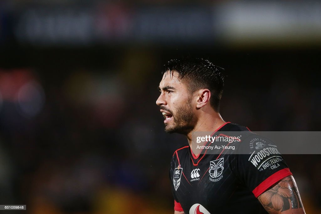 Shaun Johnson of the Warriors reacts during the round two NRL match between the New Zealand Warriors and the Melbourne Storm at Mt Smart Stadium on March 10, 2017 in Auckland, New Zealand.