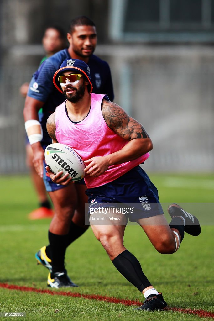 Shaun Johnson of the Warriors runs through drills during a New Zealand Warriors NRL training session at Mt Smart Stadium on February 8, 2018 in Auckland, New Zealand.