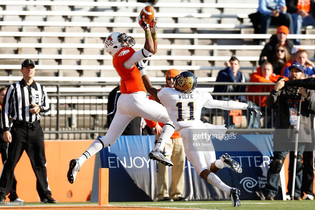 Shaun Joplin #9 of the Bowling Green Falcons catches a touchdown pass over Norman Wolfe #11 of the Kent State Golden Flashes on November 17, 2012 at Doyt Perry Stadium in Bowling Green, Ohio. Kent State defeated Bowling Green 31-24.