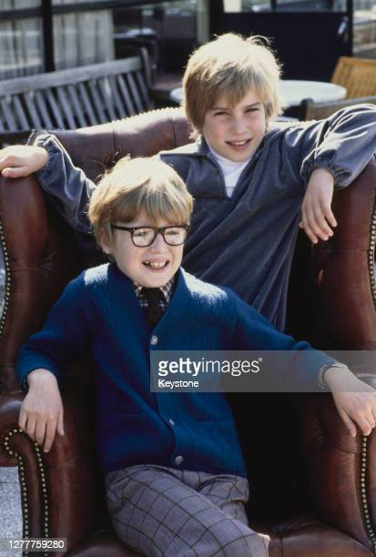 Shaun Ley and Toby Robertson the new copresenters on the BBC1 television show 'Junior That's Life' UK circa 1980 They have been picked to present the...