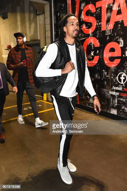 Shaun Livingston of the Golden State Warriors arrives before the game against the LA Clippers on January 6 2018 at STAPLES Center in Los Angeles...