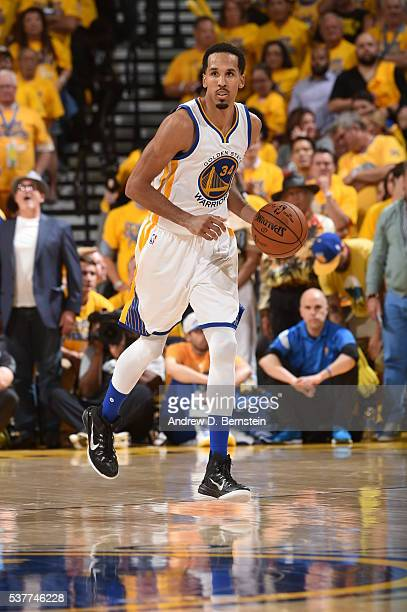 Shaun Livingston of the Golden State Warriors brings the ball up court against the Cleveland Cavaliers in Game One of the 2016 NBA Finals on June 2...