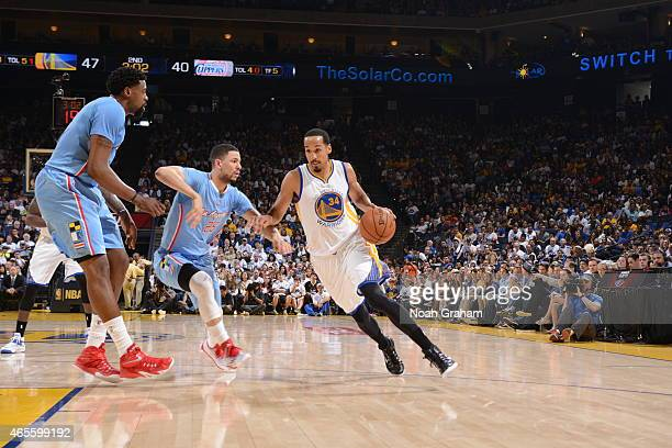Shaun Livingston of the Golden State Warriors drives to the basket against the Los Angeles Clippers on March 8 2015 at Oracle Arena in Oakland...