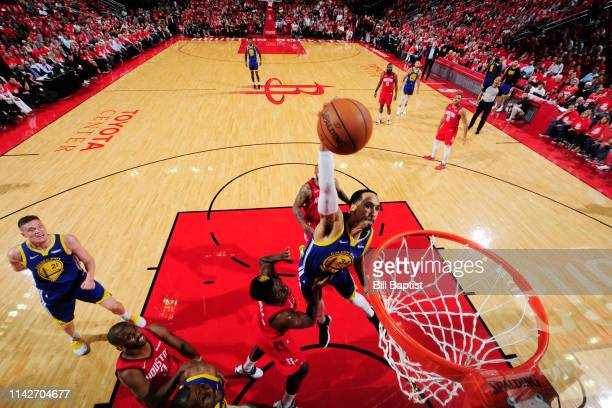 Shaun Livingston of the Golden State Warriors dunks the ball against the Houston Rockets during Game Six of the Western Conference Semifinals of the...