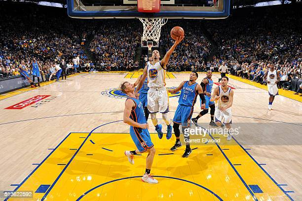 Shaun Livingston of the Golden State Warriors goes for the layup during the game against the Oklahoma City Thunder on March 3 2016 at ORACLE Arena in...