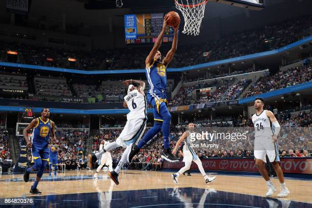 Shaun Livingston of the Golden State Warriors goes to the basket against the Memphis Grizzlies on October 21 2017 at FedExForum in Memphis Tennessee...