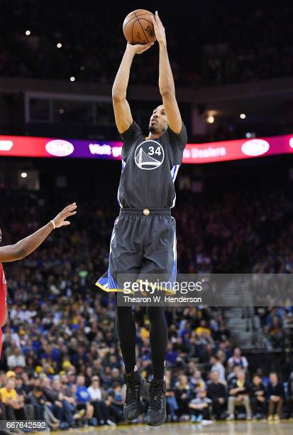 Shaun Livingston of the Golden State Warriors goes up to shoot against the New Orleans Pelicans in the third quarter of their NBA Basketball game at...