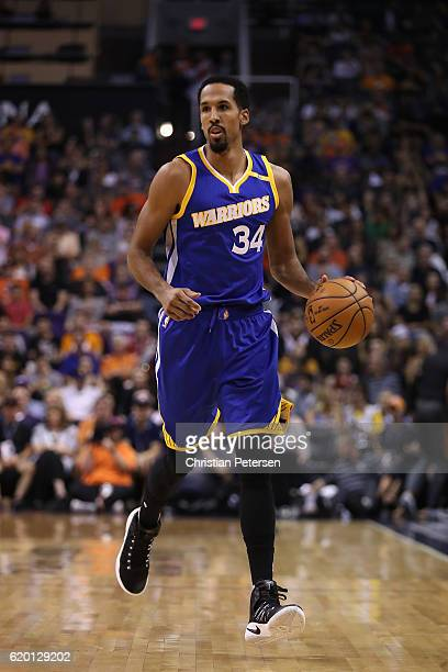 Shaun Livingston of the Golden State Warriors handles the ball during the NBA game against the Phoenix Suns at Talking Stick Resort Arena on October...