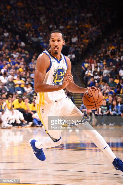 Shaun Livingston of the Golden State Warriors handles the ball during the game against the Denver Nuggets during a preseason game on September 30...