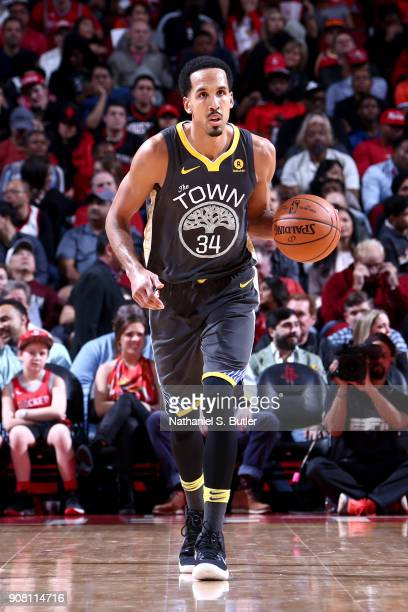 Shaun Livingston of the Golden State Warriors handles the ball against the Houston Rockets on January 20 2018 at the Toyota Center in Houston Texas...