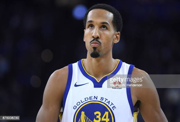 Shaun Livingston of the Golden State Warriors looks on against the Philadelphia 76ers during an NBA basketball game at ORACLE Arena on November 11...