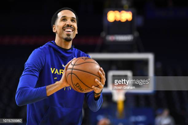 Shaun Livingston of the Golden State Warriors warms up before the game against the Portland Trail Blazers on December 27, 2018 at ORACLE Arena in...
