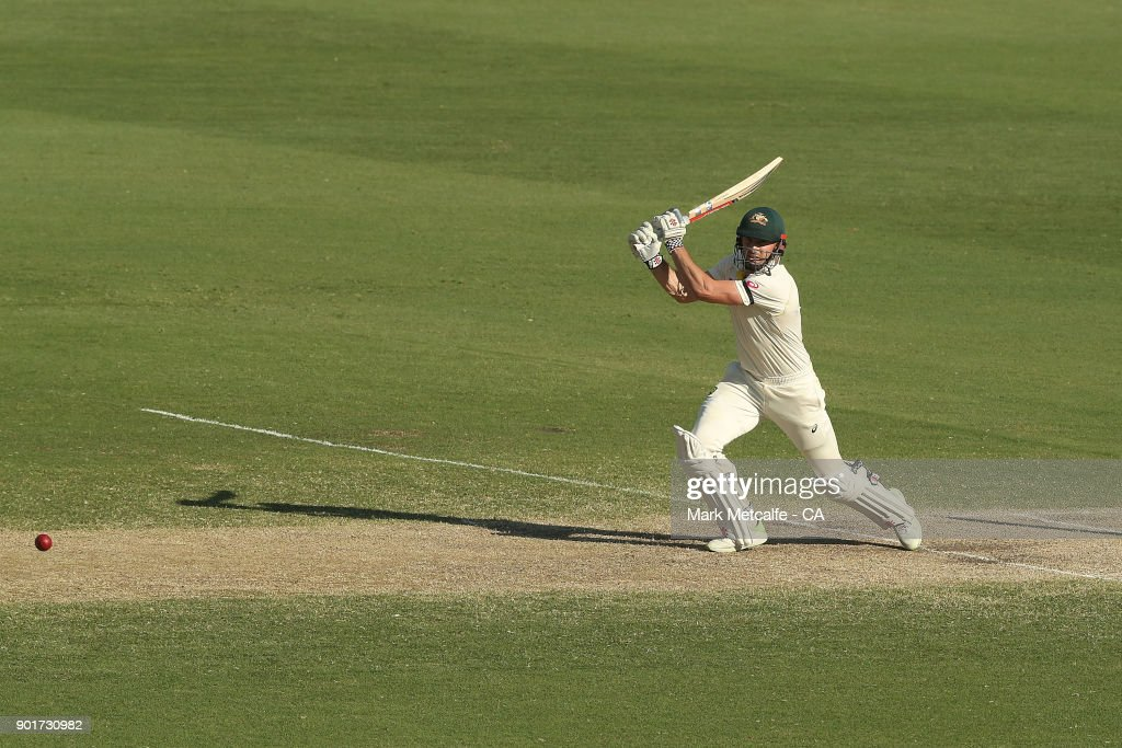 Shaun Marsh of Australia bats during day three of the Fifth Test match in the 2017/18 Ashes Series between Australia and England at Sydney Cricket Ground on January 6, 2018 in Sydney, Australia.