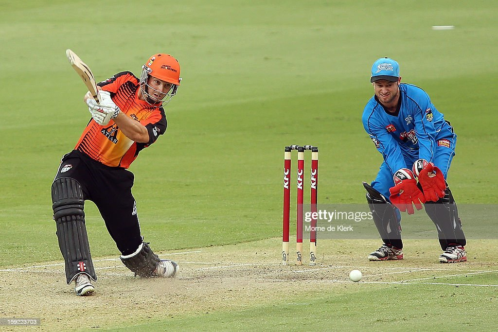 Shaun Marsh of Perth bats during the Big Bash League match between the Adelaide Strikers and the Perth Scorchers at Adelaide Oval on January 10, 2013 in Adelaide, Australia.