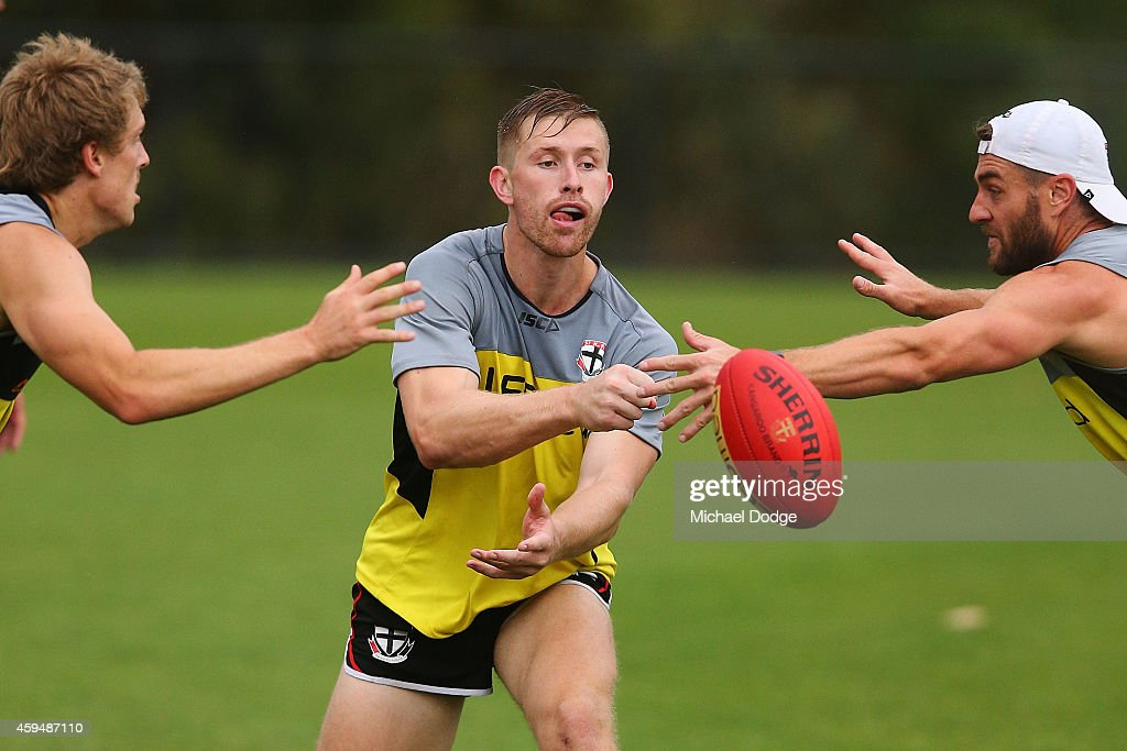 St Kilda Saints Training Session : News Photo