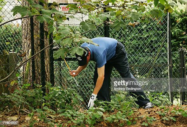 Shaun Micheel of USA finds trouble on the 15th hole during the SemiFinals of the HSBC World Matchplay Championship at The Wentworth Club on September...