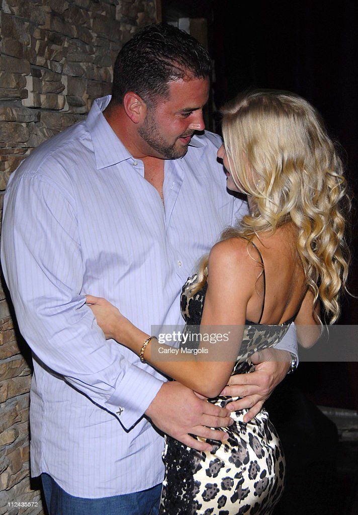 Retreat Lounge Hosts NY Giants' Shaun O'Hara's Surprise 30th Birthday Party : News Photo
