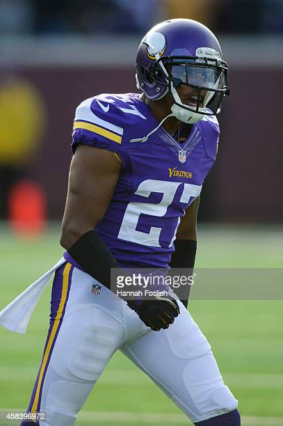 Shaun Prater of the Minnesota Vikings reacts after a play during the game against the Washington Redskins on November 2, 2014 at TCF Bank Stadium in...