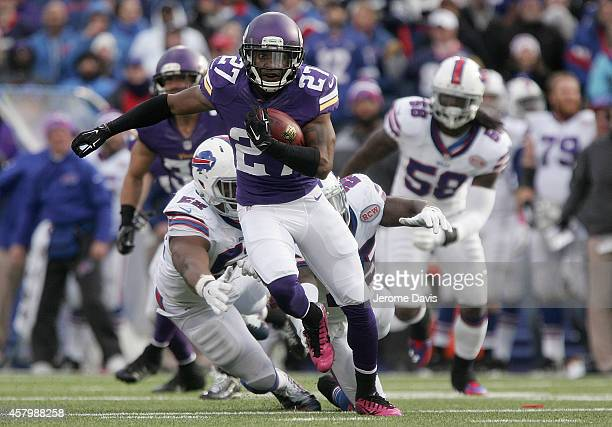 Shaun Prater of the Minnesota Vikings runs against the Buffalo Bills during the second half at Ralph Wilson Stadium on October 19, 2014 in Orchard...