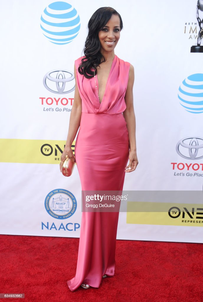 Shaun Robinson arrives at the 48th NAACP Image Awards at Pasadena Civic Auditorium on February 11, 2017 in Pasadena, California.