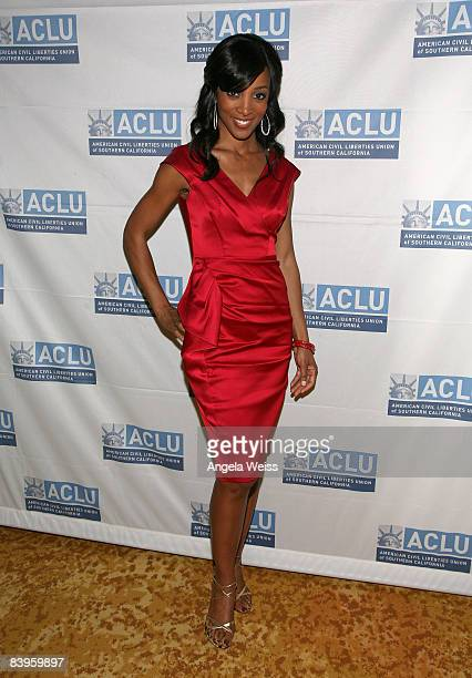 Shaun Robinson arrives at the ACLU of Southern California's annual Bill of Rights Dinner held at The Beverly Wilshire Hotel on December 8 2008 in...