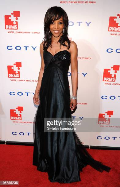 Shaun Robinson attends DKMS' 4th Annual Gala Linked Against Leukemia at Cipriani 42nd Street on April 29 2010 in New York City