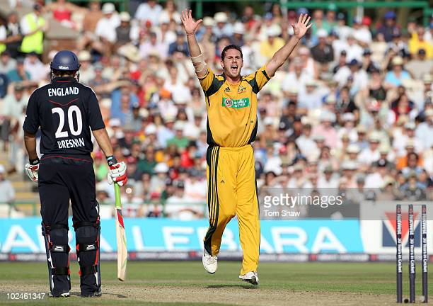 Shaun Tait of Australia appeals for and gets the wicket of Michael Yardy of England during the 3rd NatWest One Day International match between...