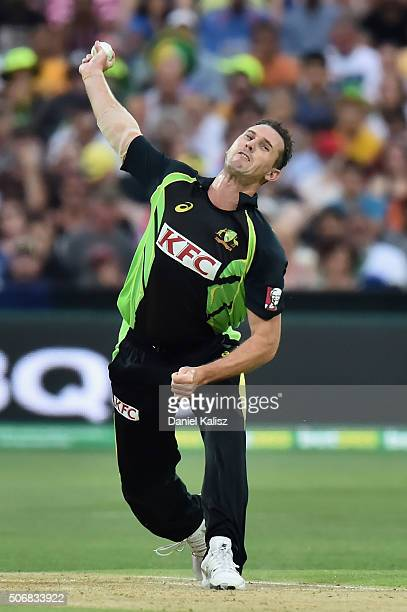 Shaun Tait of Australia bowls during game one of the Twenty20 International match between Australia and India at Adelaide Oval on January 26 2016 in...