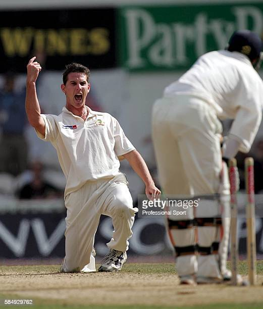 Shaun Tait of Australia celebrates taking the wicket of Geraint Jones of England during day five of the 5th npower Ashes Test between England and...