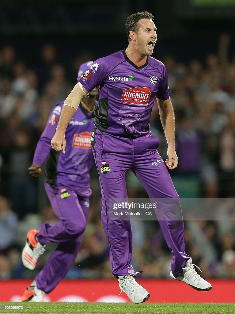 Shaun Tait of the Hurricanes celebrates taking the wicket of Shane Watson of the Thunder during the Big Bash League match between the Hobart Hurricanes and the Sydney Thunder at Blundstone Arena on January 1, 2016 in Hobart, Australia.