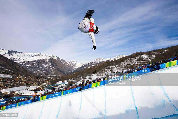 Shaun White of the USA competes in the second run winning the Gold medal in the Men's Halfpipe finals during Day 2 of the Turin 2006 Winter Olympic...