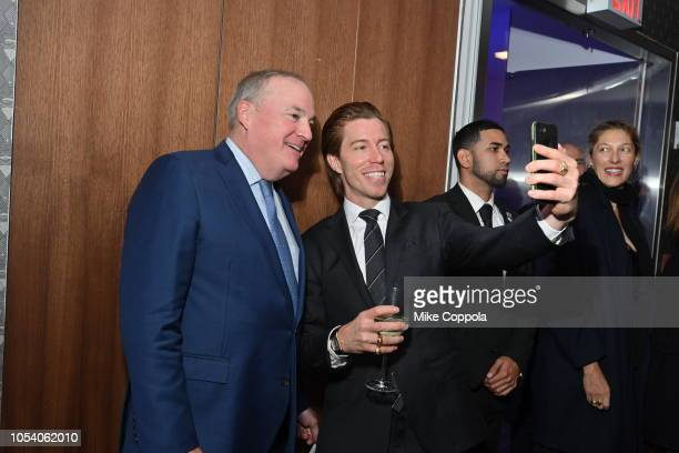 Shaun White poses for pictures with fans at the 2018 Gold Medal Gala at The Ziegfeld Ballroom on October 25 2018 in New York City