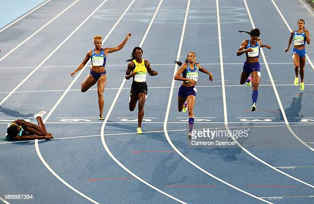 Shaunae Miller of the Bahamas wins the gold medal in the Women's 400m Final ahead of silver medalist Allyson Felix of the United States and bronze...
