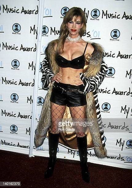 Shaune Bagwell at the 2001 My VH1 Awards Shrine Auditorium Los Angeles