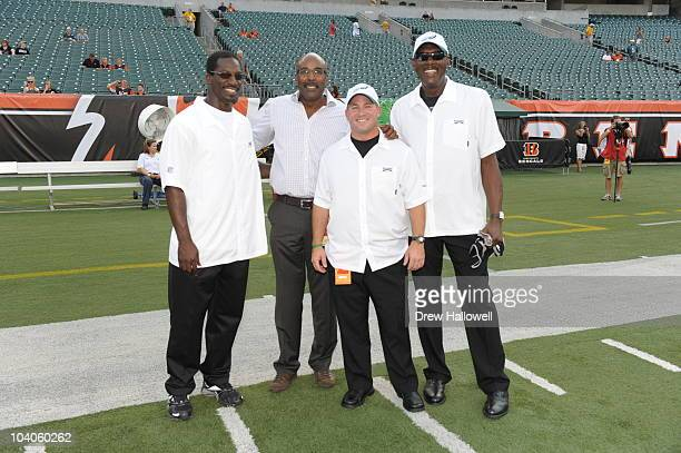 Shawn Barber Mike Quick James Urban and Harold Carmichael of the Philadelphia Eagles pose for a photo before the game against the Cincinnati Bengals...