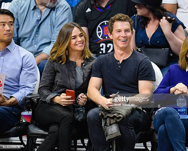 Shawn Hatosy and Kelly Albanese attend a basketball game between the Brooklyn Nets and the Los Angeles Clippers at Staples Center on November 14 2016...