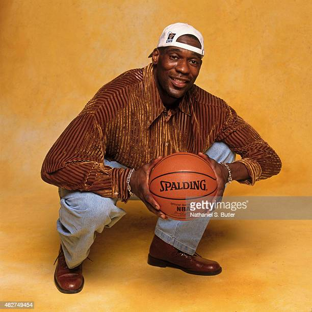 Shawn Kemp of the Cleveland Cavaliers poses for a portrait during NBA AllStar Weekend on February 6 1998 in New York City NOTE TO USER User expressly...