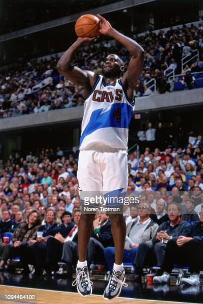 Shawn Kemp of the Cleveland Cavaliers shoots the ball against the Chicago Bulls on November 11 1997 at Quicken Loans Arena in Cleveland Ohio NOTE TO...