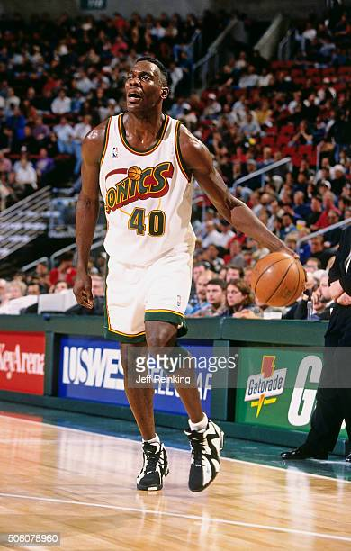 Shawn Kemp of the Seattle Supersonics dribbles during a game circa 1996 at Key Arena in Seattle Washington NOTE TO USER User expressly acknowledges...