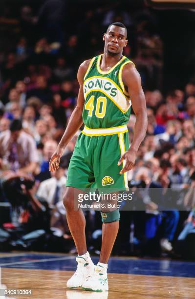 Shawn Kemp of the Seattle SuperSonics looks on circa 1994 at Madison Square Garden in New York City NOTE TO USER User expressly acknowledges and...