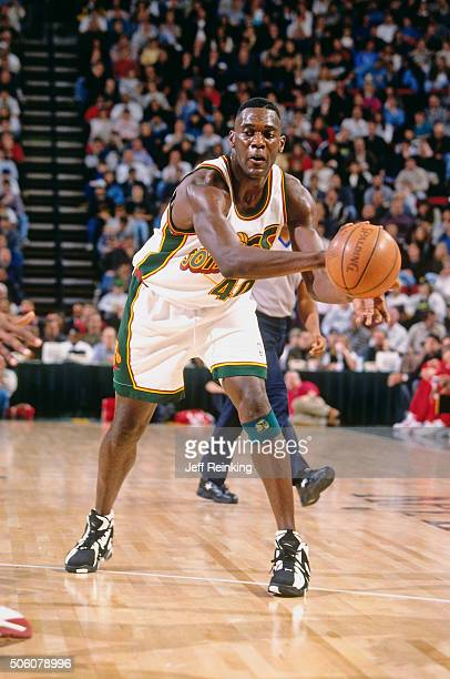 Shawn Kemp of the Seattle Supersonics passes the ball during a game circa  1996 at Key 5a8dbe382