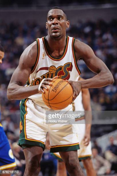Shawn Kemp of the Seattle SuperSonics shoots against the Golden State  Warriors circa 1997 at Key e6db39ce2
