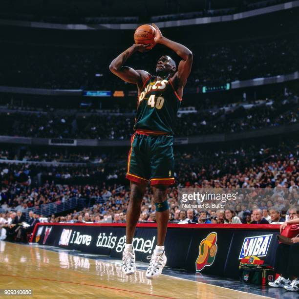 Shawn Kemp of the Seattle SuperSonics shoots during a game played on March 18 1997 at the United Center in Chicago Illinois NOTE TO USER User...