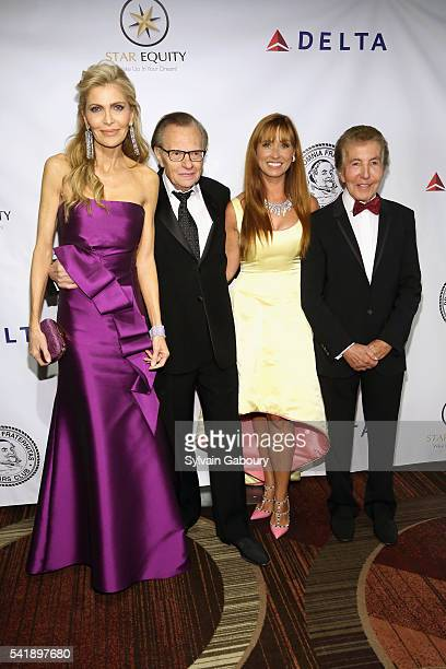 Shawn King Larry King Nancy Elaine Gresham and Al Malnik attend as the Friars Club honors Tony Bennett with Entertainment Icon Award on the Legend's...